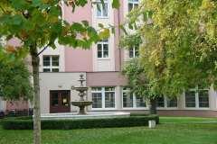 Uniwersytecki Szpital Kliniczny im. Norberta Barlickiego - ogrod